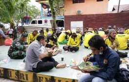 Ketua DPRD Inhil Ajak Petugas DLHK Pahlawan Kebersihan Makan Bersama